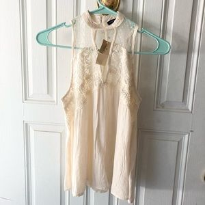 Dreamy American Eagle Outfitters Sleeveless Shirt